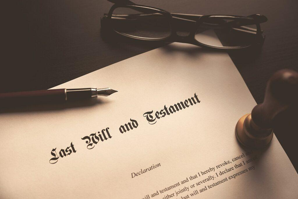 Czywarto sporządzić testament unotariusza?